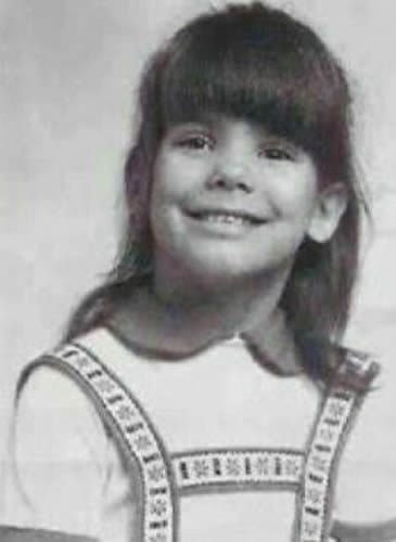 Sandra Bullock Young - Really old picture