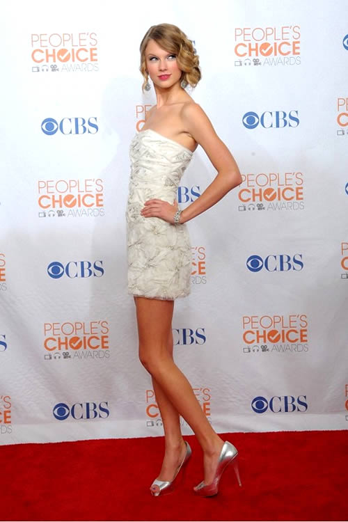 Taylor Swift 2010 Full Body Shot