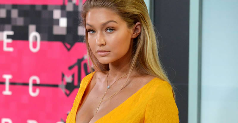 Does Gigi Hadid Have Cosmetic Surgery? (Before & After 2018!)