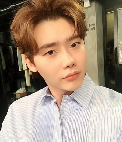 Lee Jong Suk 2018