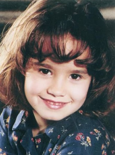 Young Demi Lovato as a kid