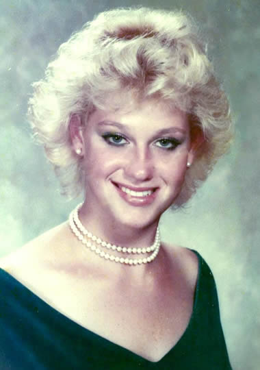 Kellyanne Conway 18 years old
