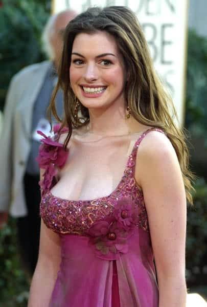 Anne Hathaway 2003