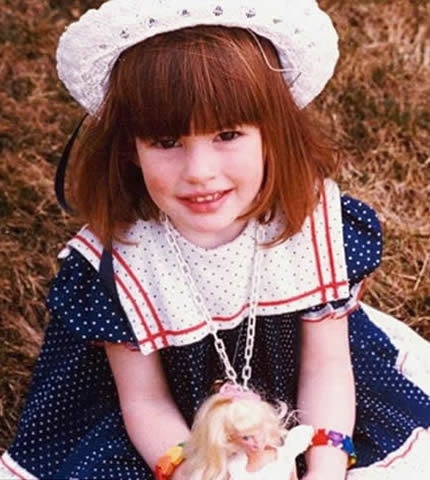 Young Anne Hathaway as a child