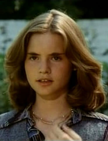 Jennifer Jason Leigh as a teenager