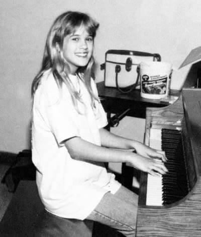 Carrie Underwood in her teen